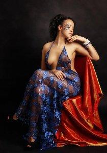Кристина в синем платье